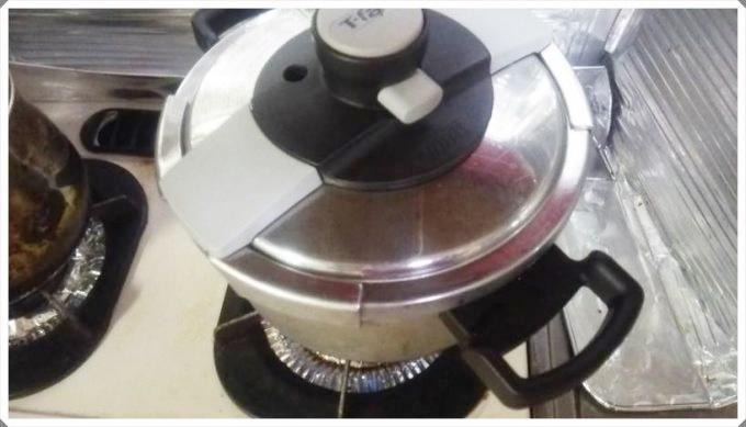 イカと大根の煮物~圧力鍋で下ゆでするとトロトロ!