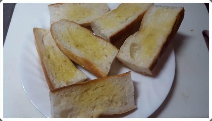 栗原はるみ風サバの味噌煮とガーリックトーストを作ってみた