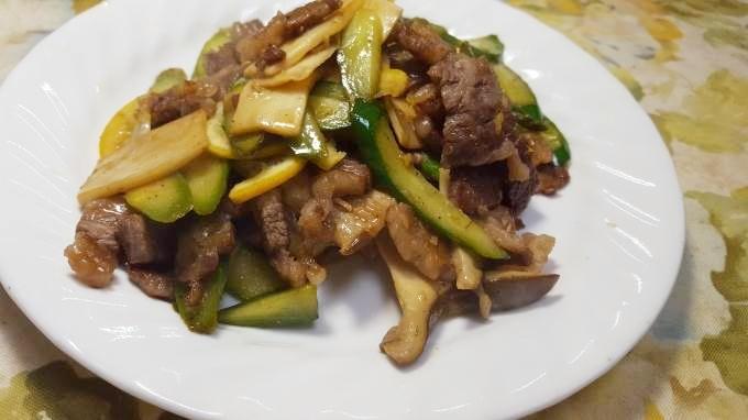 牛肉とアスパラの塩にんにくレモン炒め