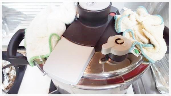 圧力鍋で作る手羽元の柔らか煮~お酢のチカラ!