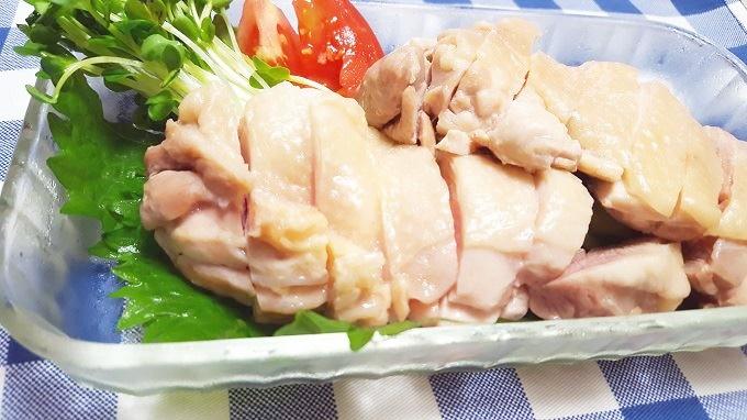 暑い夏に食べたくなるさっぱり蒸し鶏レシピ~圧力鍋で簡単時短調理