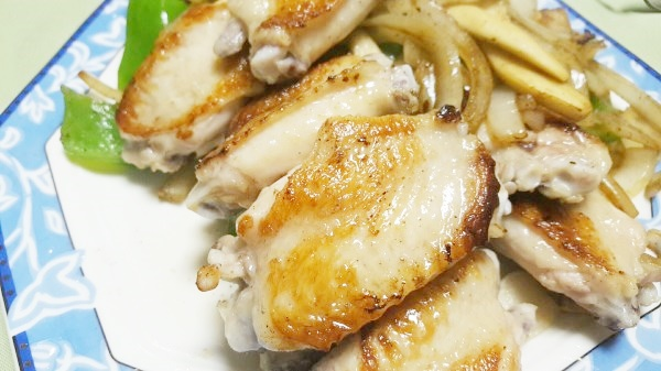 鶏手羽先の塩焼きレシピ~お肌つるつるコラーゲンたっぷり