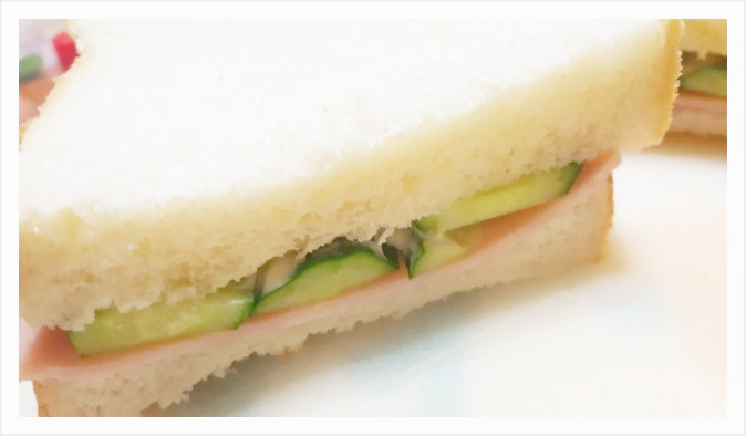 天然酵母パンで作る自家製サンドイッチ
